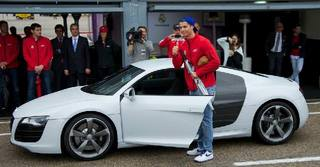 Cristiano-Ronaldo-cars-Collection_07.jpg