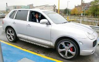 Cristiano-Ronaldo-cars-Collection_10.jpg